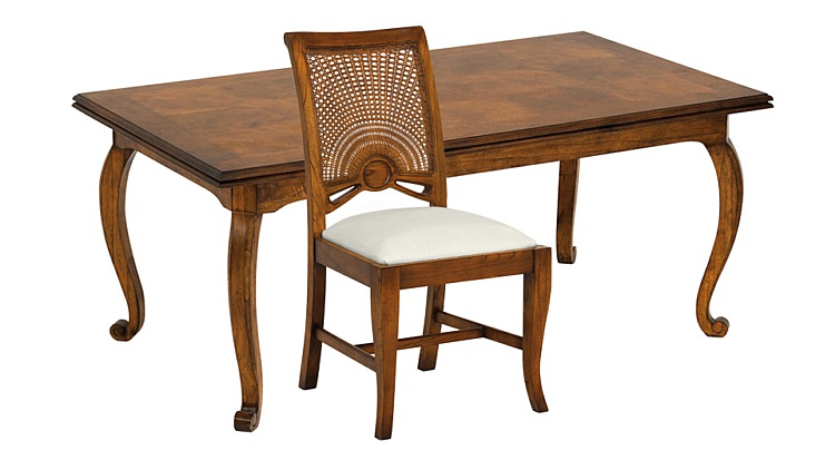 Santiago Extending Dining Table & Side Chairs